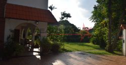 HOLLAND ROAD Charming GCB – 1km to Henry Park Primary