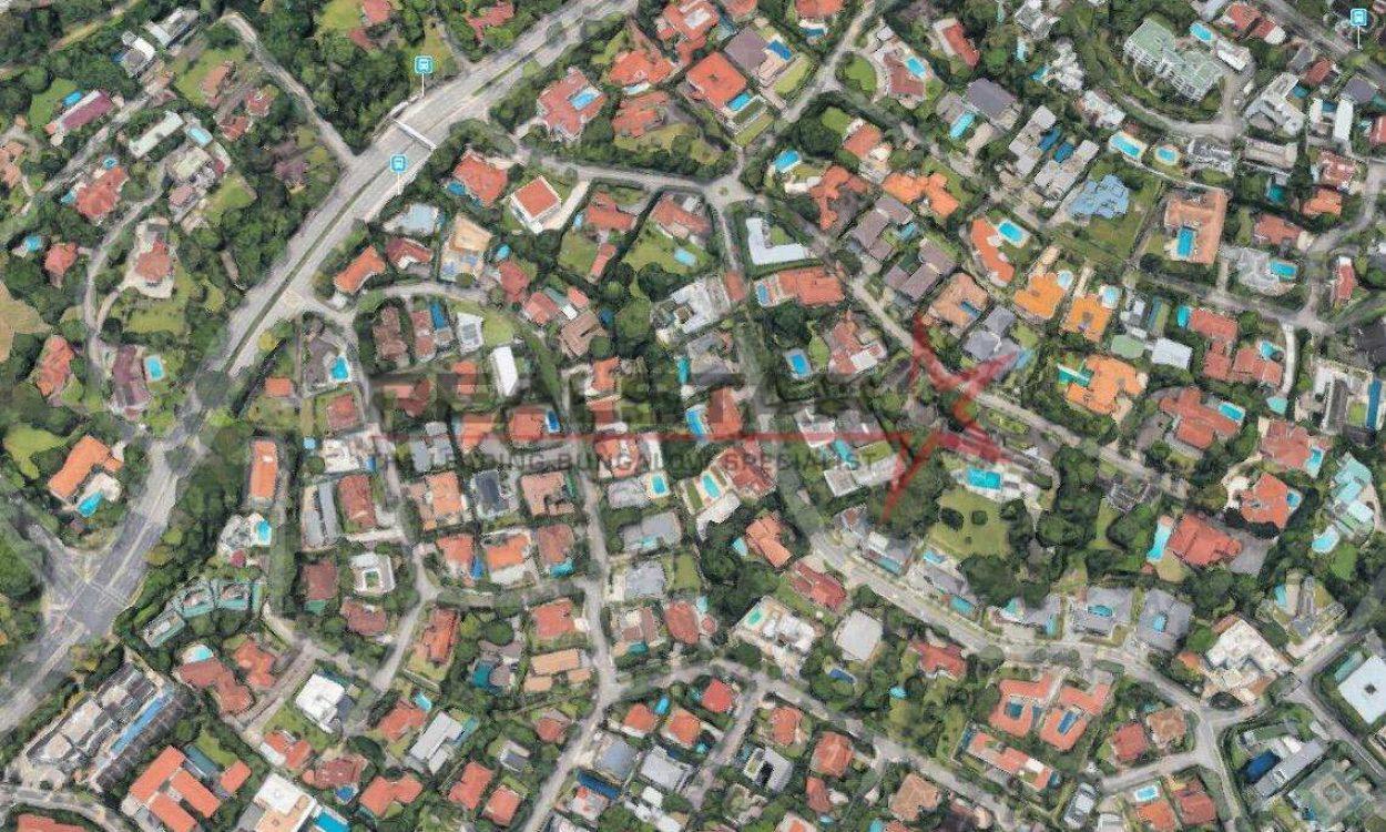 ELEGANT DETACHED HOME – 5 Mins drive to HOLLAND VILLAGE MRT