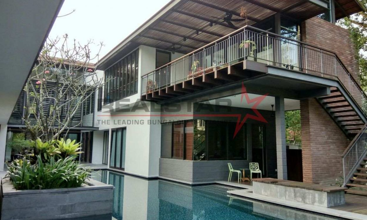 ★ Tropical Designed GCB @ BIN TONG Vicinity ★ Good psf ★ Park 8 Cars ★