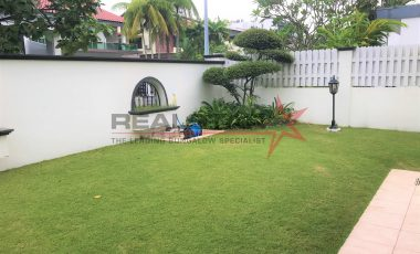 Walk to MRT! 1KM RGPS/SMSS @ LINDEN DR vicinity