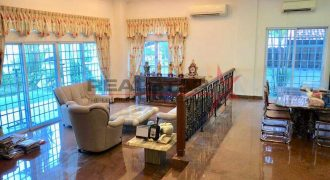 **NEW EXCLUSIVE**CHARMING DETACHED NEAR THOMSON PLAZA