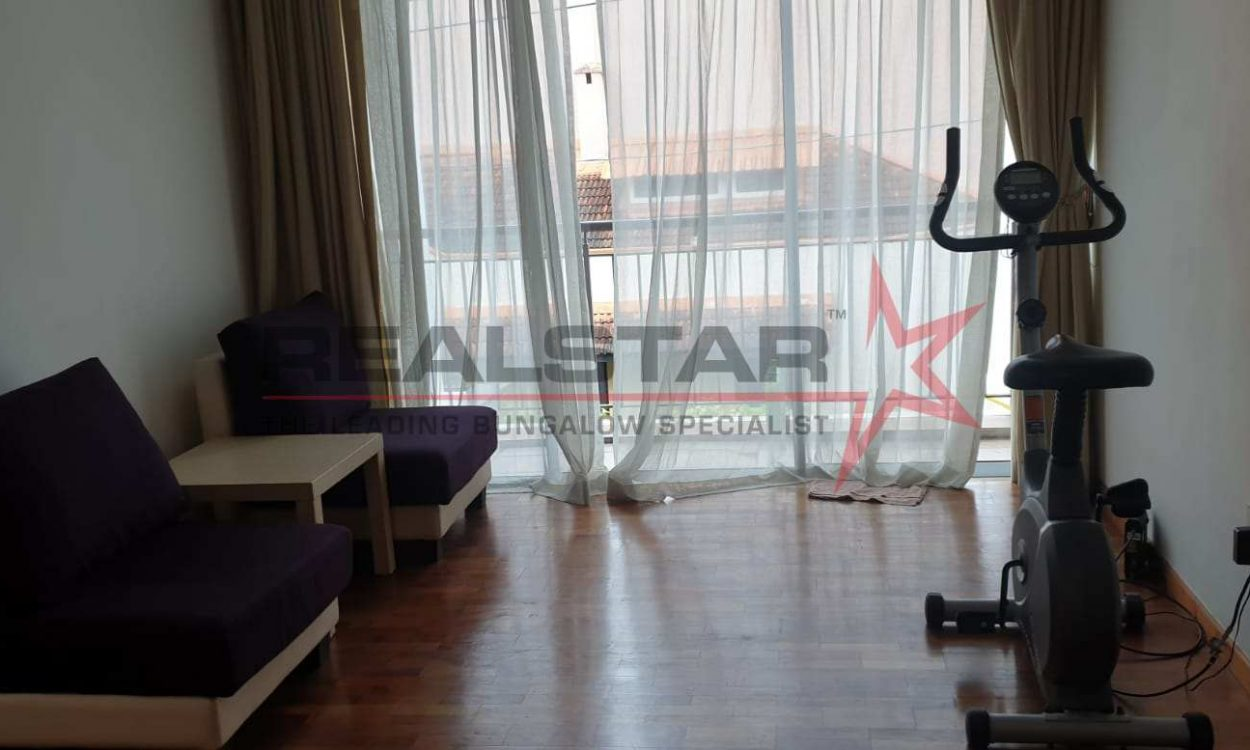**Exclusive** Huge Corner Terrace @ Chin Terrace