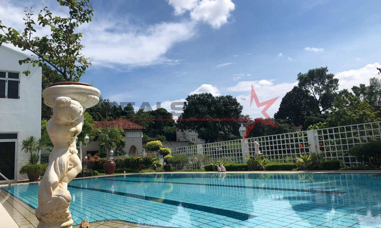 ==✪GOOD CLASS BUNGALOW OFF LADY HILL! COMMANDING VIEW! ✪REALSTAR== STONE THROW TO SHANGRI-LA Tanglin / Holland / Bukit Timah (D10)