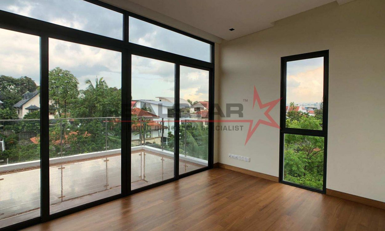 Hua Guan Ave, Brand New Bungalow With Pool & LIft!