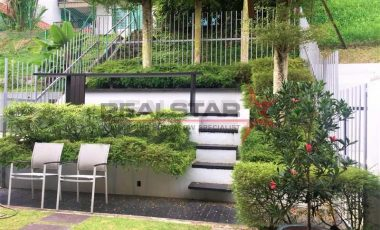 == Quiet and Modern Inter-Terrace == Realstar Exclusive