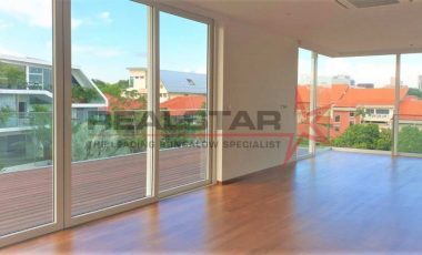 Natural Sunlight Brand New Bungalow in Siglap Hill