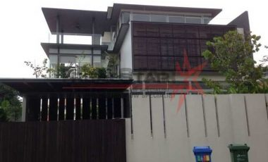 Beautiful Classic Bungalow @ Siglap Area